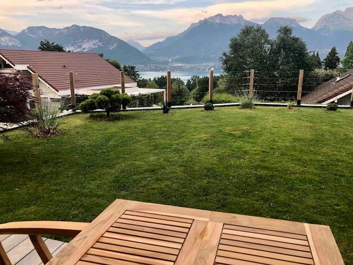 Studio vue Lac et Montagnes / Piscine