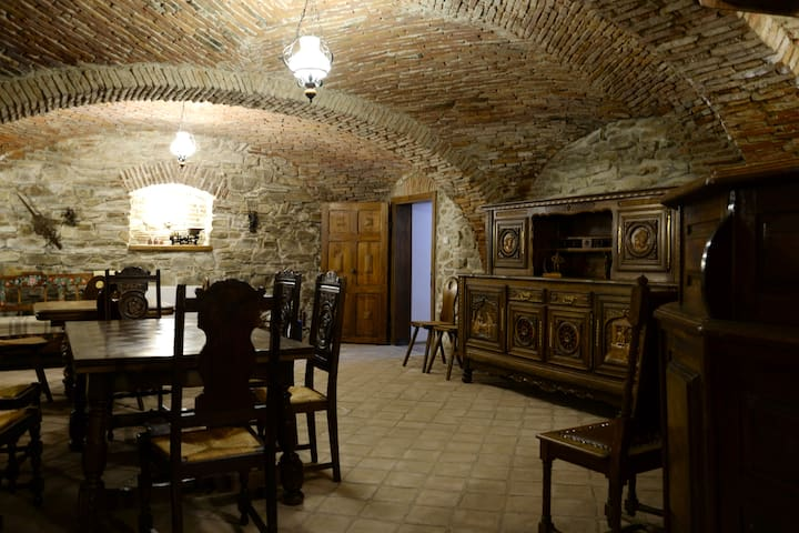 Carolinahouse - Sighișoara - Bed & Breakfast