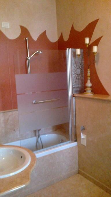 bagno camera Vittoria