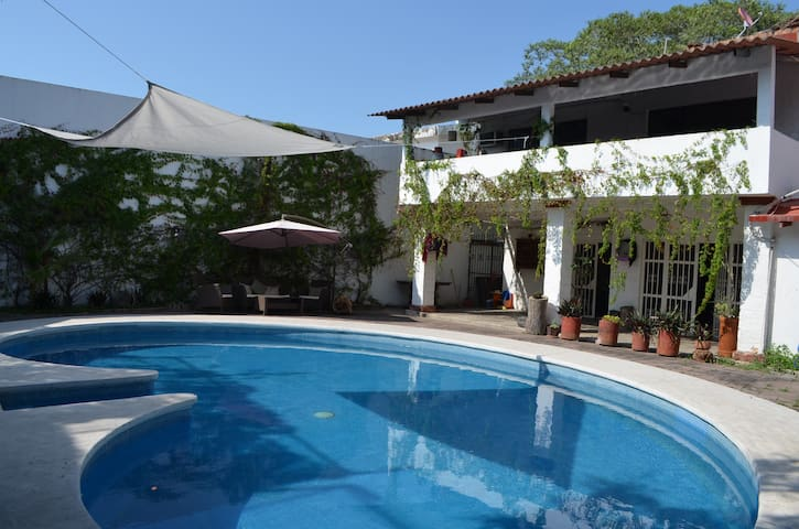 Room with PRIVATE pool & A/C - Puerto Vallarta - Hus