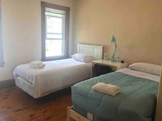 5-303 Private AC room Worcester ( 2 beds) 禁止吸烟