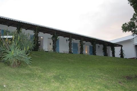 Glengarriff Lodge, bed and breakfast