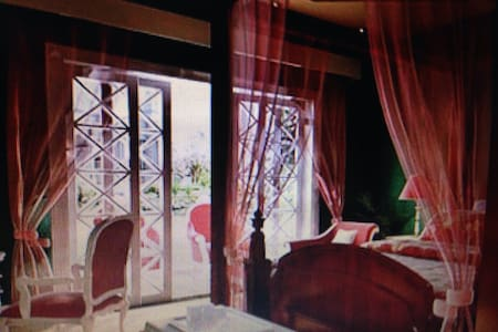 double bed - del city - อพาร์ทเมนท์