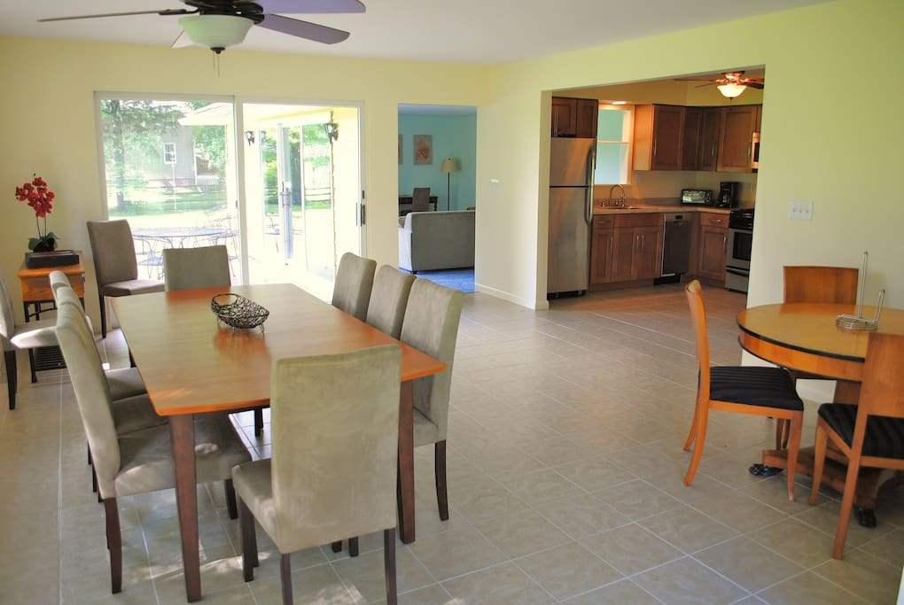 Spacious Kitchen/Dining Area