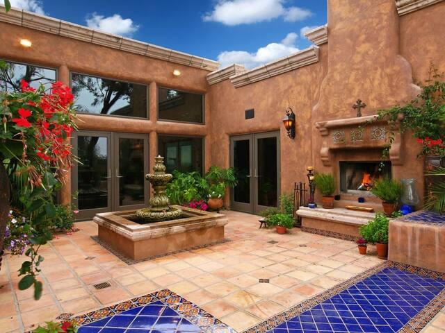 Bella Vista Spanish Estate with spa gorgeous views