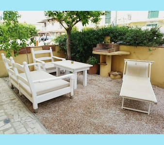 With garden,500 meters from the sea