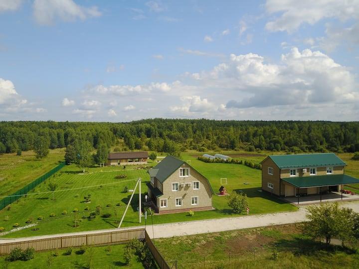 Дом с прекрасным видом в деревне Озерки