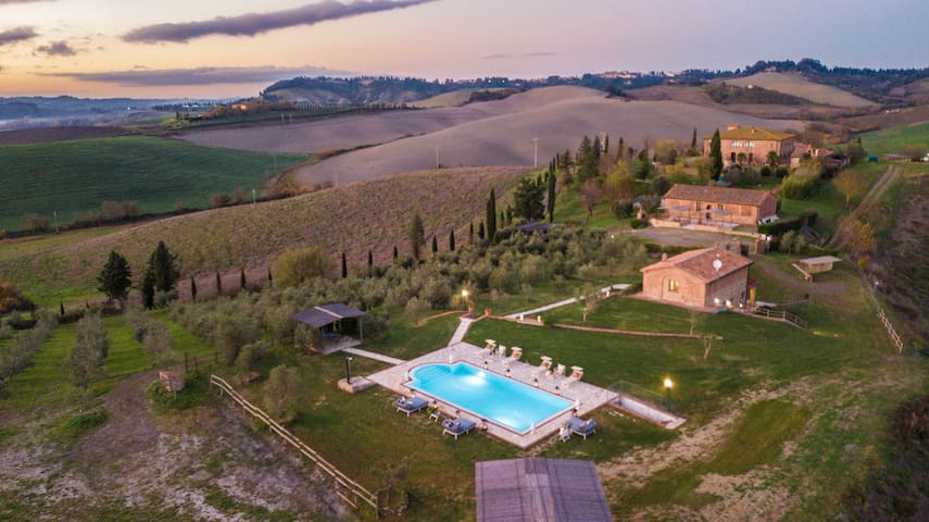 VILLA LAJATICO Farmhouse with Private Pool and the Most Exciting View over the Hilltops