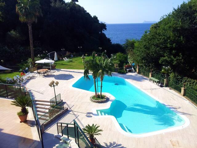Napoli Vacanze Relax con Piscina - Napoli - Daire
