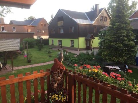 Apartament z chatą alpejską w pięknych górach wielkanocnych