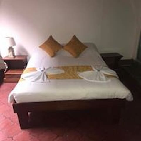 Hotel Don Robert Bed And Breakfast