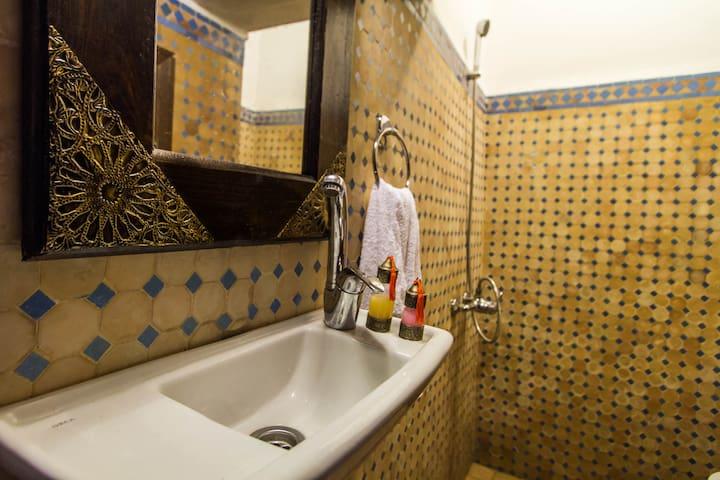 RIAD TAHA Zohra Room - 菲斯 - 公寓