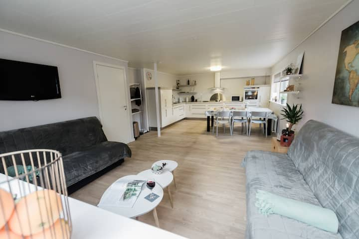 Rósan - Nyrenoveret moderne lejlighed i Klaksvík