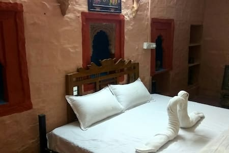 Stay @ Old Heritage Home in Jodhpur