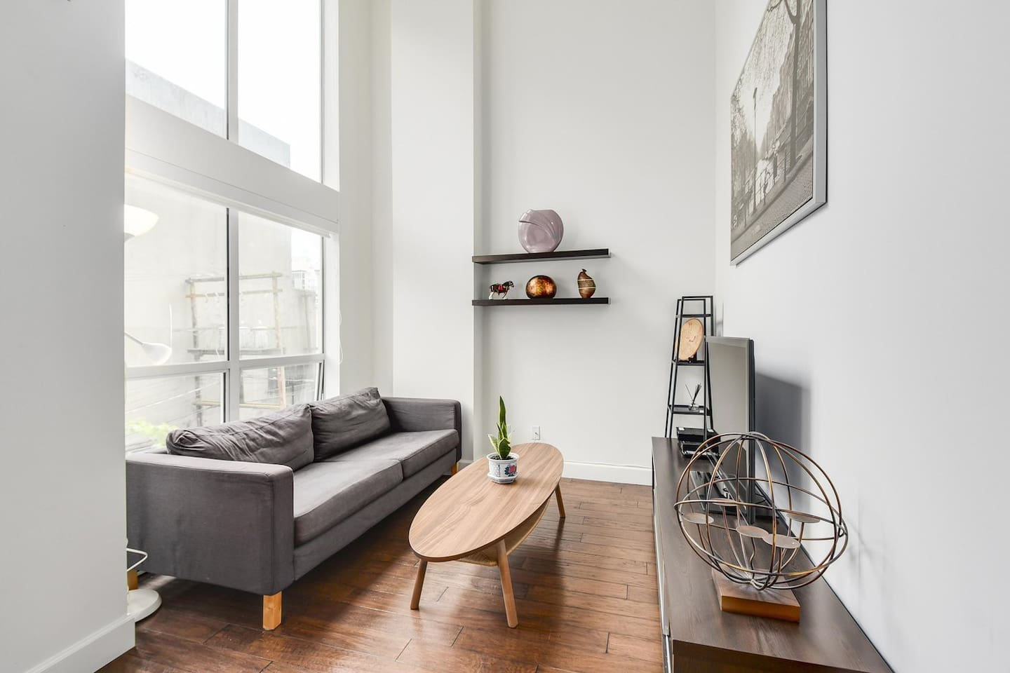 Absolutely Unique Loft Downtown - Lofts for Rent in Vancouver, British  Columbia, Canada