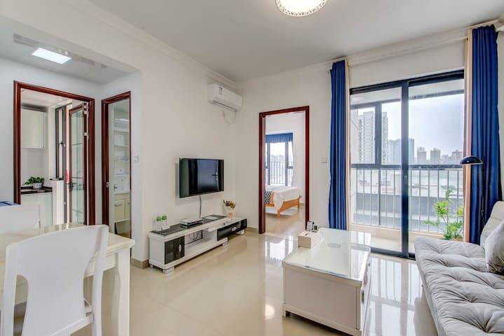 国际会展中心附近的北欧风格澳景1112公寓