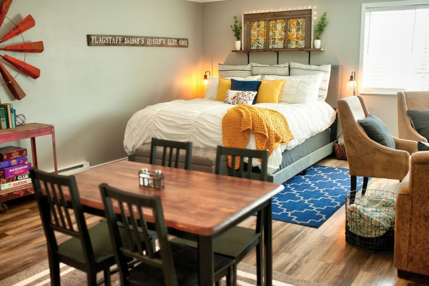 Molly's Mountain Retreat is a fully functional studio apartment nestled in beautiful Flagstaff, Arizona.