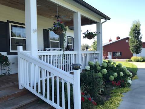 River Glen Farmhouse apartment