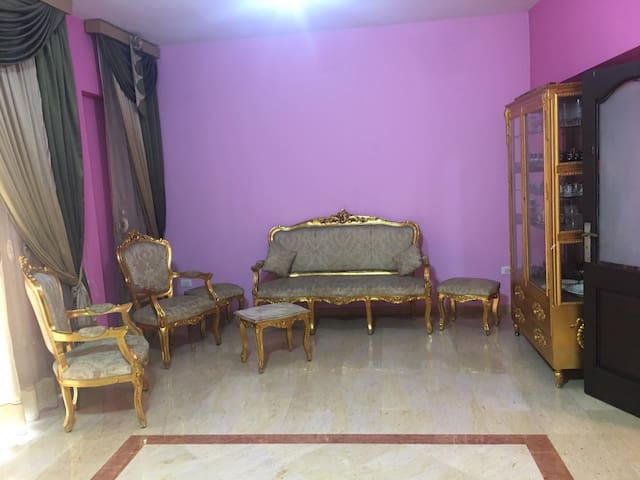 Fully serviced home in the hub of Tripoli
