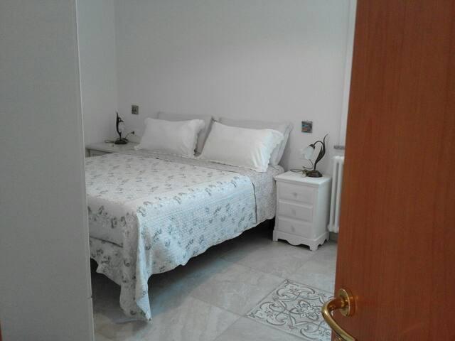 5TERRE/MONTEROSSO-Nice cosy room close by the sea