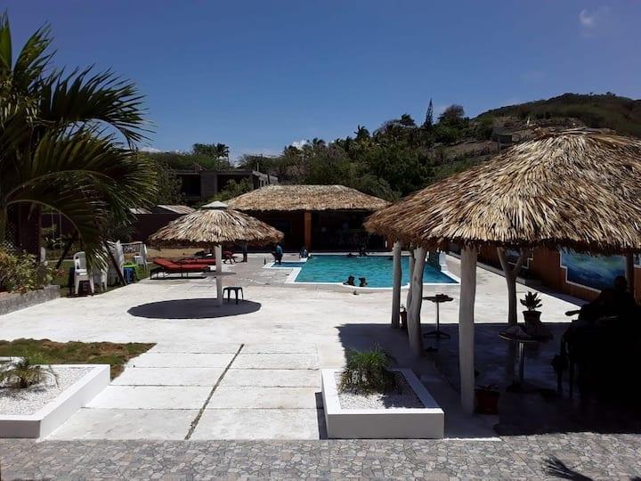 Almonte Villa, Villa vasquez