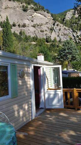 MOBIL HOME CAMPING NATURISTE L'ORIGAN
