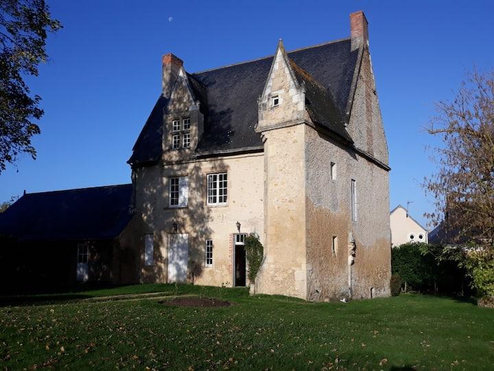Le Castel - Maison du XVème siècle. Grand jardin