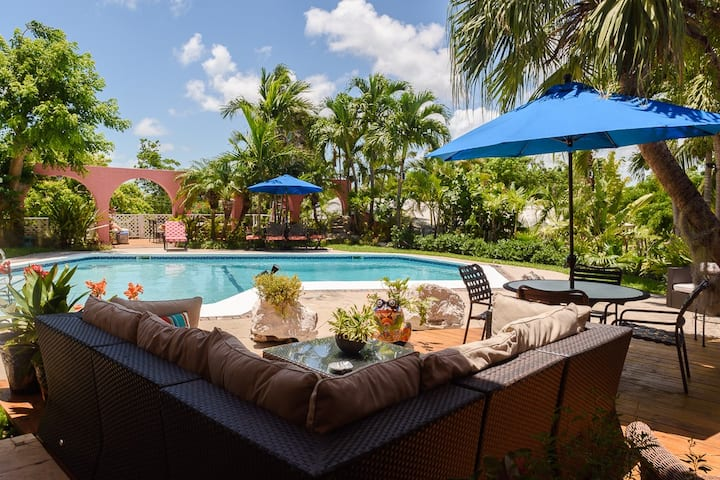 Charming One-Bedroom Apartment, Nassau Bahamas