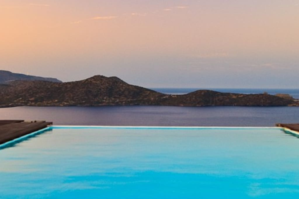 Outstanding views from your own private pool