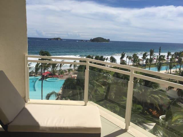 Lindo departamento con vista y acceso al mar