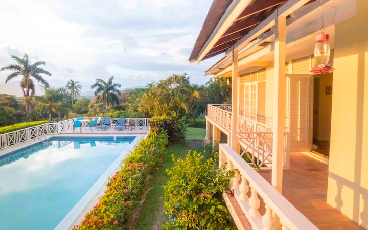 Jamaican luxury with paradise view + private beach