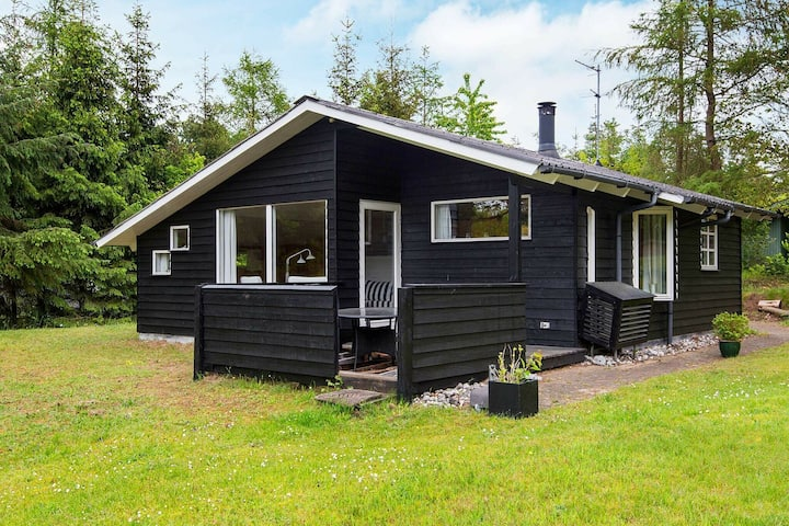 Gorgeous Holiday Home in Ebeltoft with Roofed Terrace