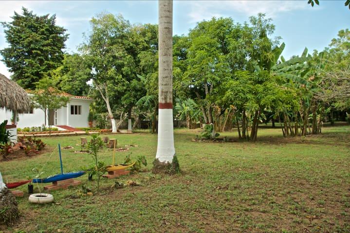 Casa Campestre, Green lover paradise! Cartagena! - Turbaco - Bed & Breakfast
