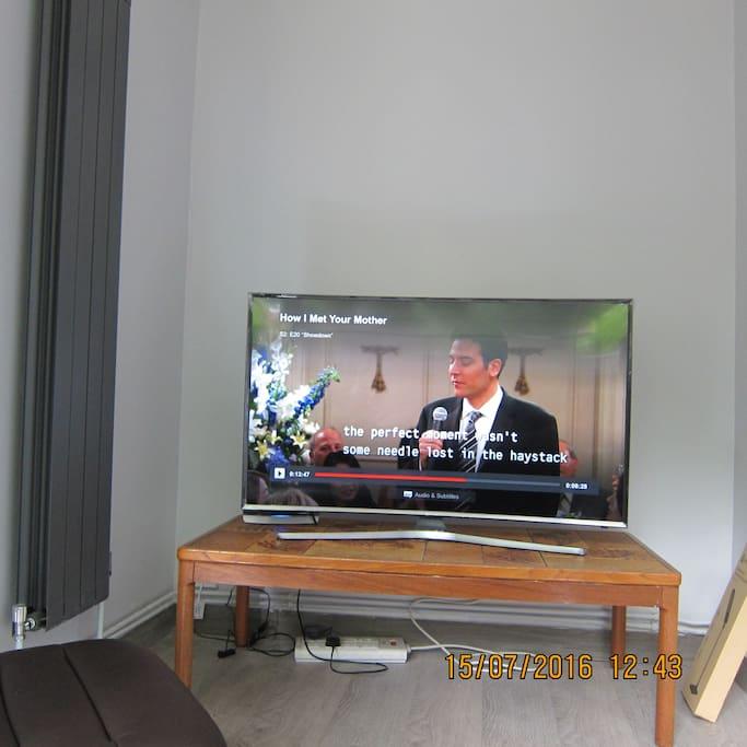 49 inch Samsung Curved 4K HDTV