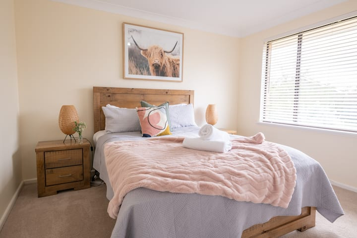 Rosemary Lane | Peaceful, Central & Spacious +Wifi