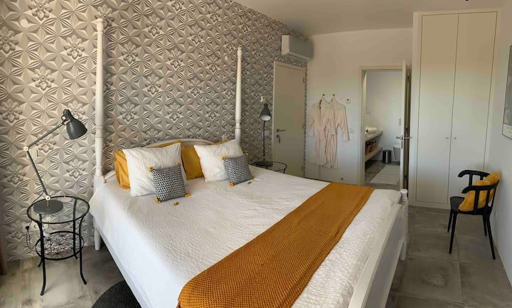 Montinho Boutique Suites & Studios / Suite Doi2