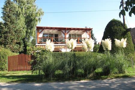 Parti vendégház - Balatonkenese