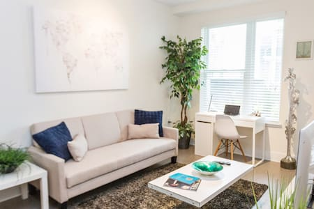 Convenient Luxury Buckhead Condo - Atlanta