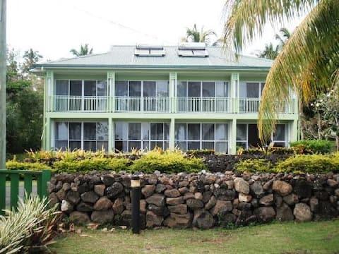 Ocean View Rooms - Airport Lodge Samoa