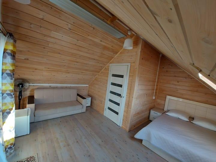 Семейный номер с ванной комнатой и видом на Байкал