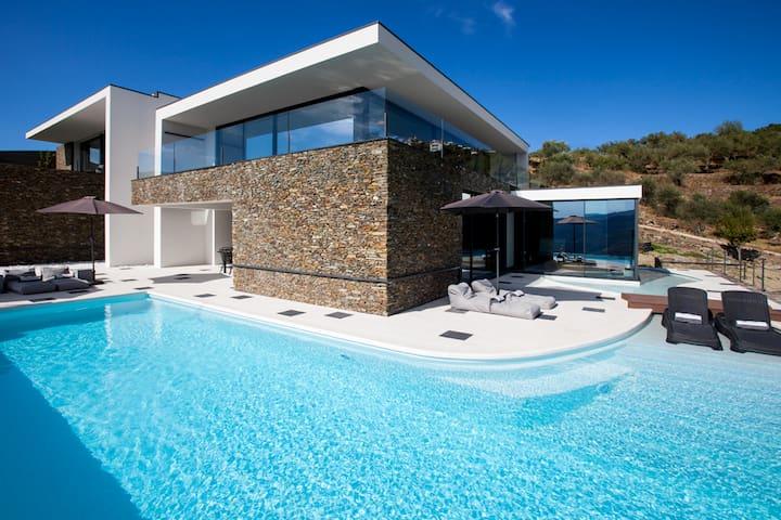 Design Villa - Douro Valley - Casal de Loivos - House