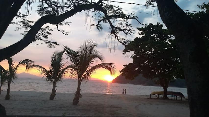Praia da Moreninha/Térreo