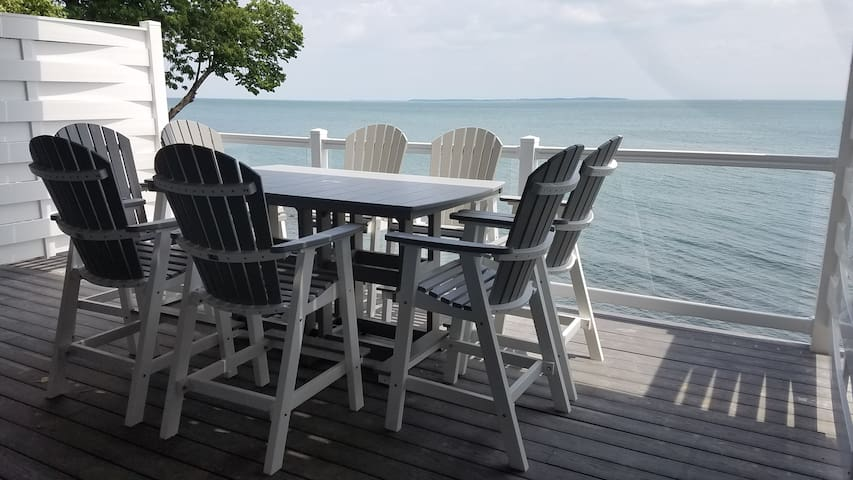 Put-in-Bay 8-person Waterfront Condo - Put-in-Bay - Condo