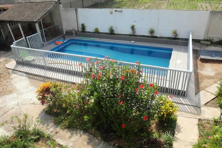 Apartment with one bedroom in Grand Popo, with enclosed garden - 10 m from the beach