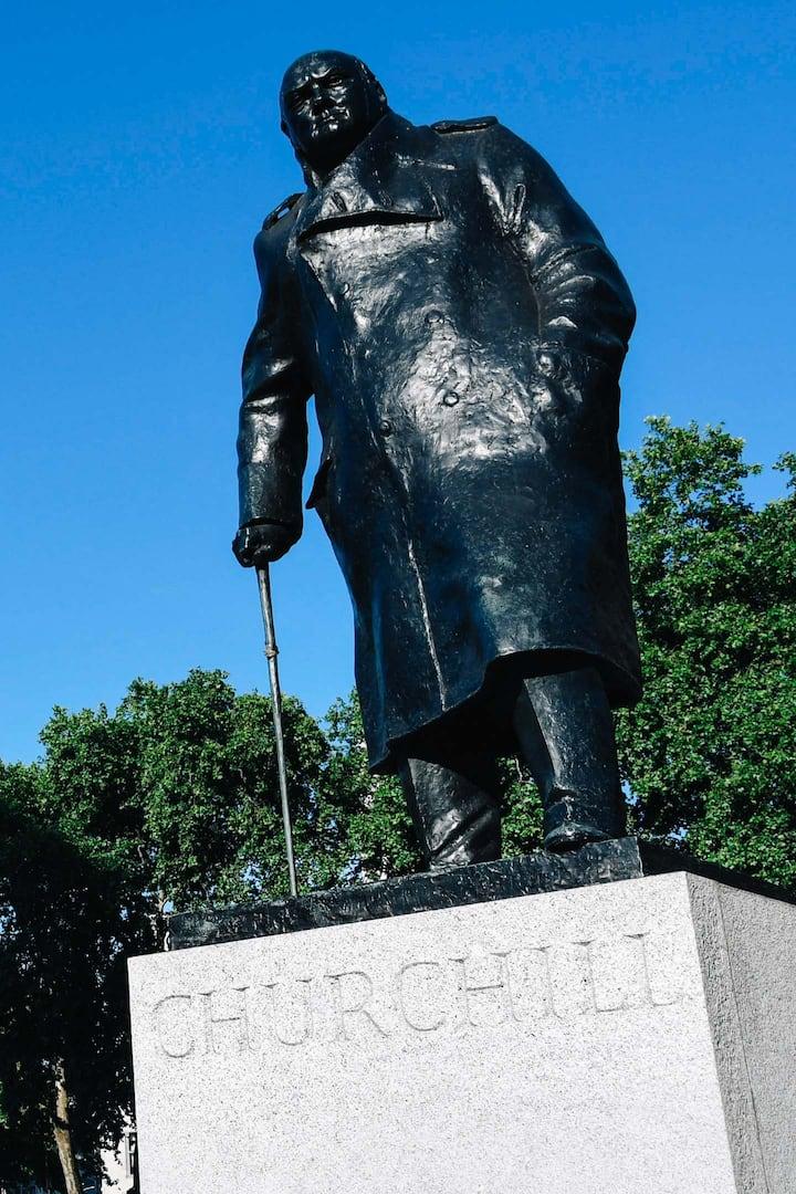 Churchill in Parliament Square