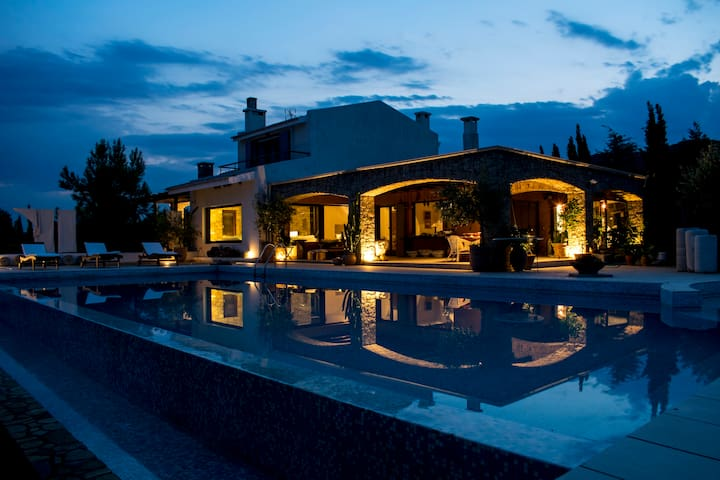 A Sensual Waterfront Villa & Farm - Kavala - Villa