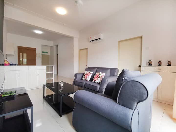 4.8★ Cozy & Quiet 3 BR Apartment @Langkawi Kuah