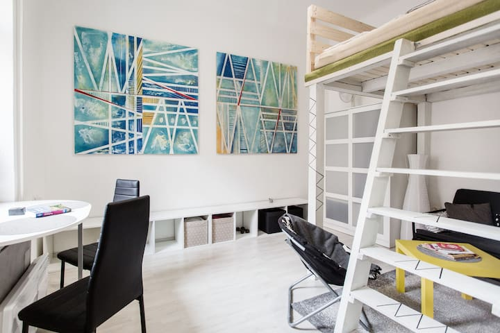 Renovated studio flat