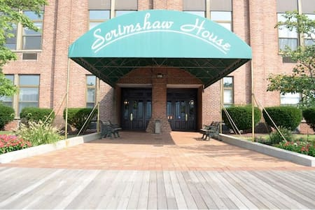 Lux Waterfront Spacious Unit w/ River Views - Yonkers - Osakehuoneisto