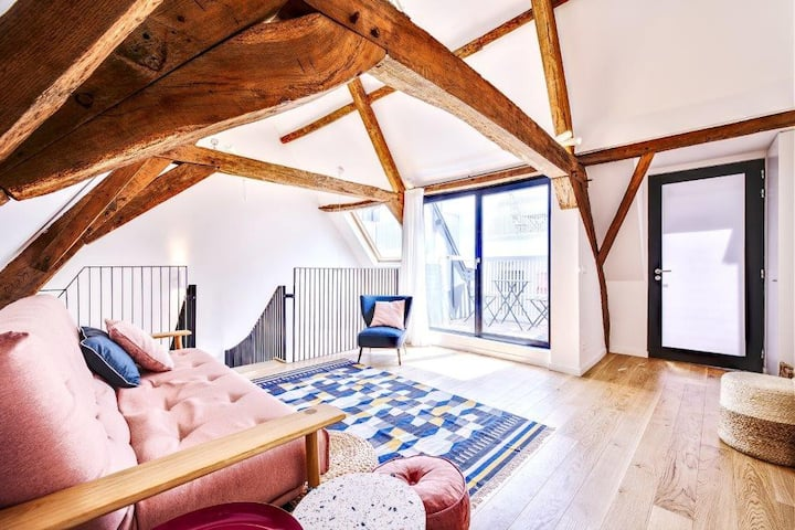 Splendid brand new apartment at  the Grand Place